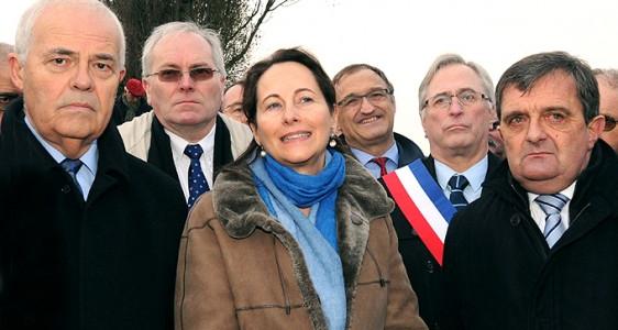 Saint Benoît des Ondes : Ségolène Royal  visite les travaux de rehaussement de la digue de la Duchesse Anne
