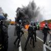 Manifestations : A l'Ouest du Nouveau !  la RN12 bloquée