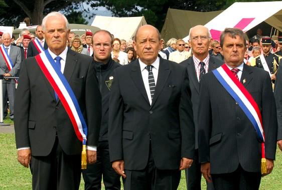 Lib-St-Malo-M-Le-Drian-M-De