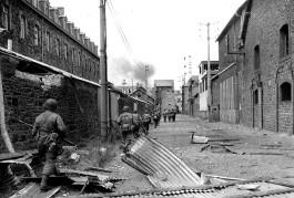 Saint_malo_1944--1-S