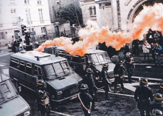 CRS 1994 - Barrage- Fusée Rouge Photo Patrick Desjardins ©