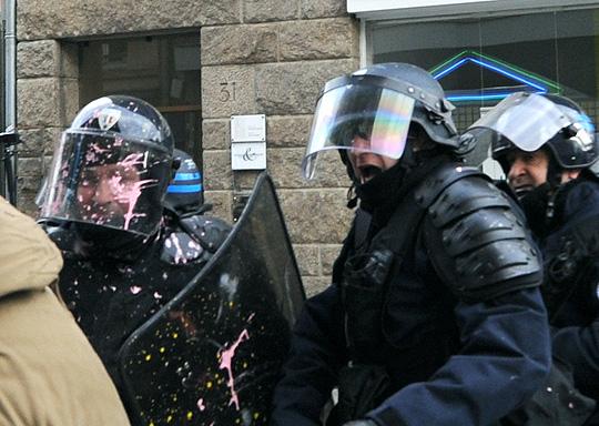 Rennes-6-2-Police-Tonf-Rires - Photo Patrick Desjardins  ©