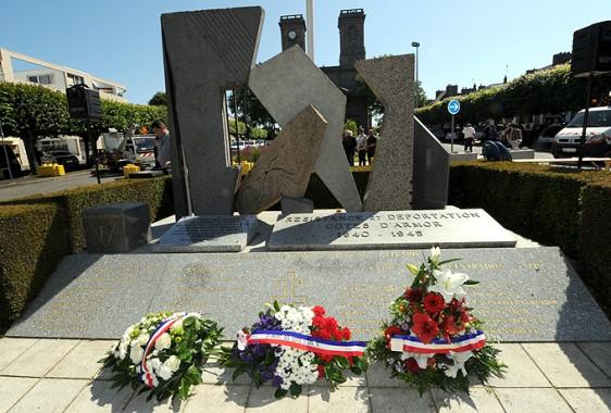 18-juin-Monument-Fleurs