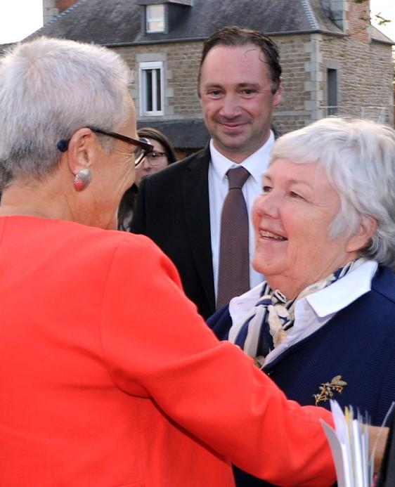 Ministre-Senatrice Photo-Patrick -Desjardins-©