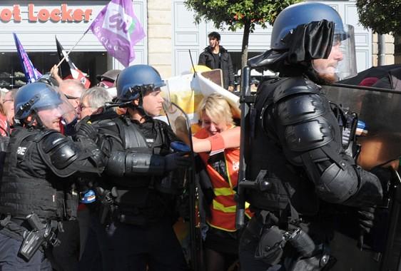 Manif-Rennes-9-10-36