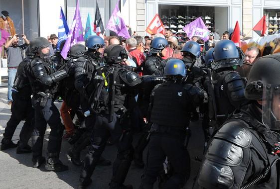 Manif-Rennes-9-10-39