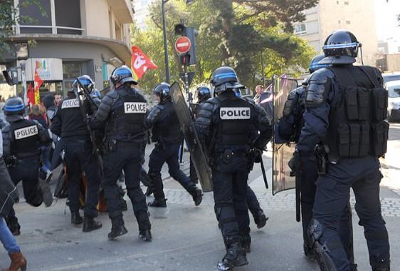 Manif-Rennes-9-10-64