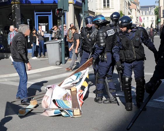 Manif-Rennes-9-10-75